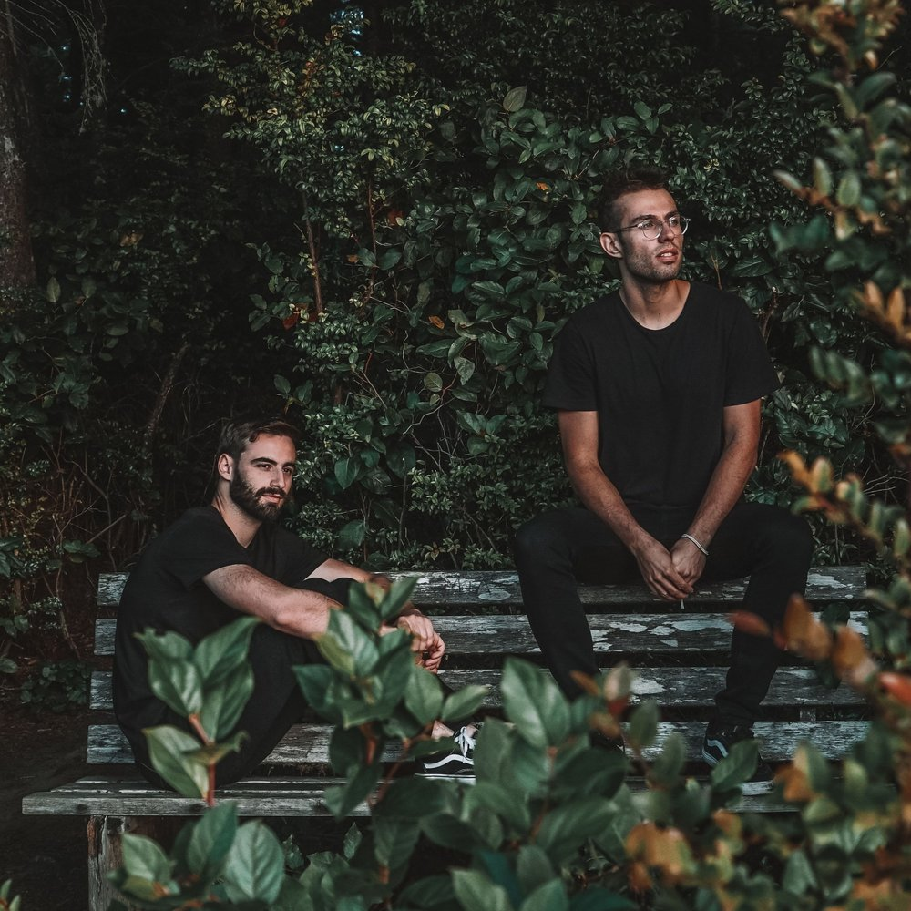 "slenderbodies' new single ""king"" is not about a king - This new one from slenderbodies is all about the queens.fresh sounds"