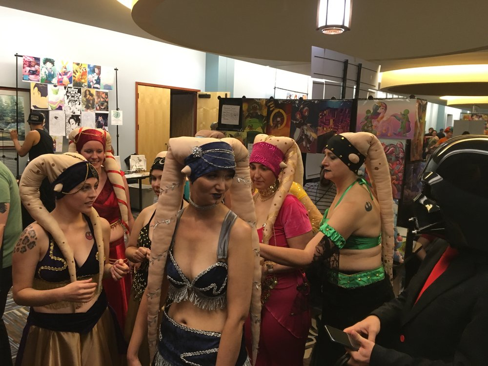 All these Twi'Lek belly dancers approve of this message.