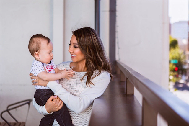 Young mother and blogger Lisa Smiley raises her family in the Dallas area (Photo: Tracey Wong /    The Image Talks   )