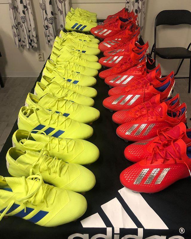 Ikväll var adidas på plats och hjälpte herr- och damlag med skor inför säsongen. #sollentunafk #adidasfotboll #viärsollentuna #frånknattetillveteran