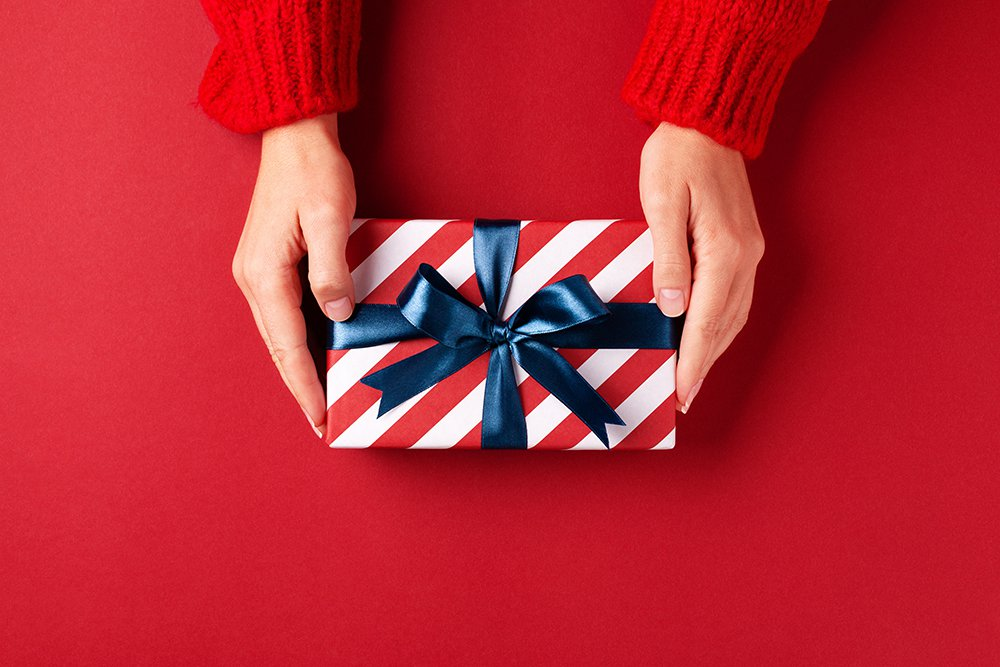 gift-giving-blue-bow
