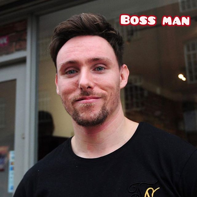 Meet hairstylist boss man and his collection of cut and blowdrys 🤪 Is he the stylist for you???? ☎️ 01612229009 www.thefunkyrouge.pink  #meettheteam #bossman #hairdresser #hairstylist #haircut #hairfashion #trendyhair #hair #hairporn #lovemyjob #funkyrouge #funky #altrincham