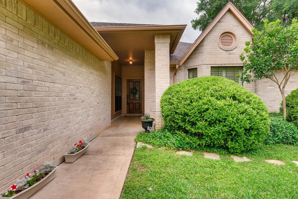 11313 Stormy Ridge Rd Austin-large-004-4-Exterior Front Entry-1500x1000-72dpi.jpg