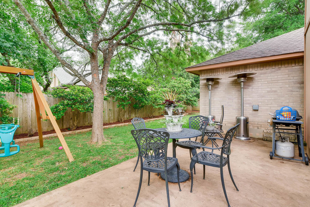 11313 Stormy Ridge Rd Austin-large-035-17-Patio-1500x1000-72dpi.jpg