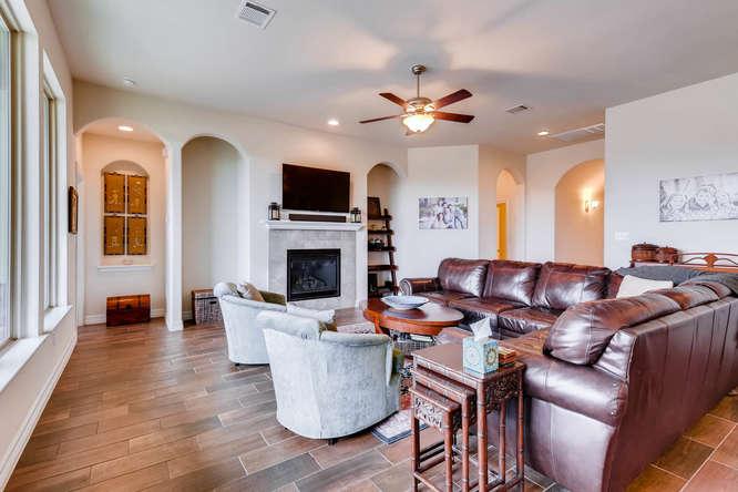 8507 Evelina Trai Austin TX-small-005-14-Living Room-666x444-72dpi.jpg