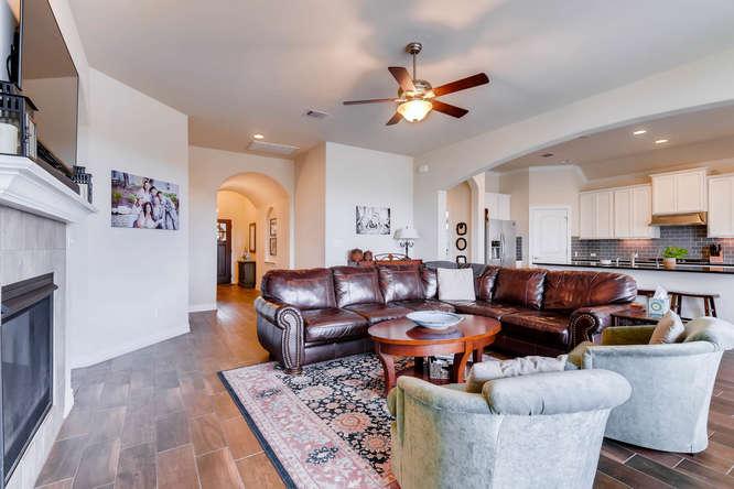 8507 Evelina Trai Austin TX-small-006-7-Living Room-666x444-72dpi.jpg