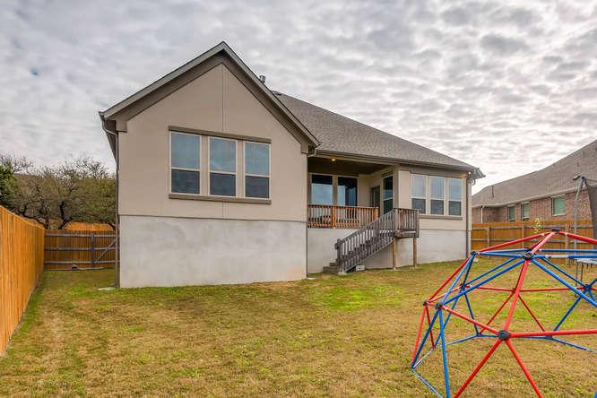 8507 Evelina Trai Austin TX-small-027-28-Back Yard-666x444-72dpi.jpg