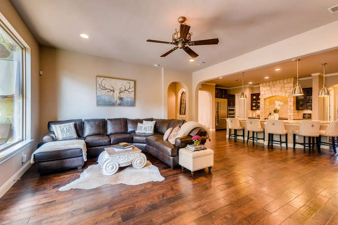 8725 Whispering Trail Austin-small-006-8-Living Room-666x444-72dpi.jpg