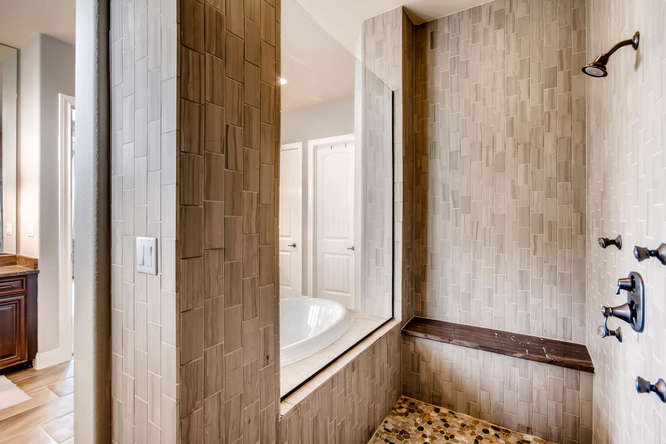 15713 De Fortuna Drive Bee-small-020-15-Master Bathroom-666x444-72dpi.jpg