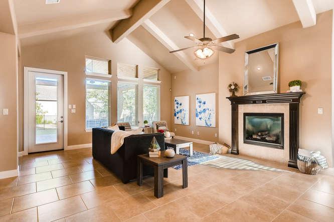 241 Wellington Austin TX 78737-small-004-2-Living Room-666x444-72dpi.jpg