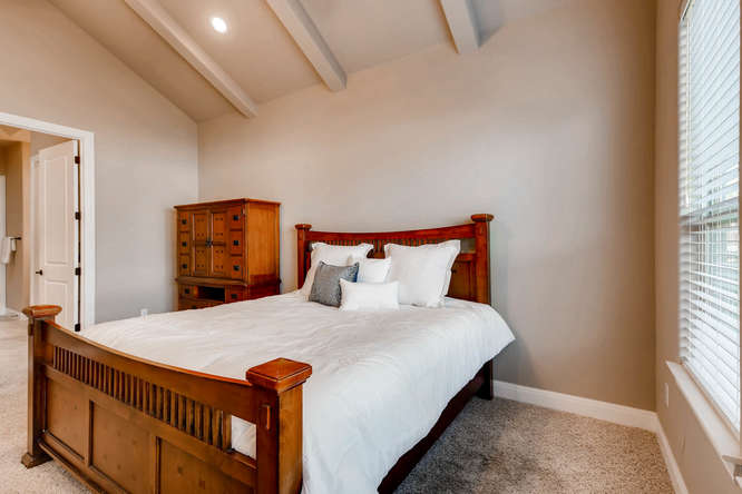 241 Wellington Austin TX 78737-small-016-25-Master Bedroom-666x444-72dpi.jpg