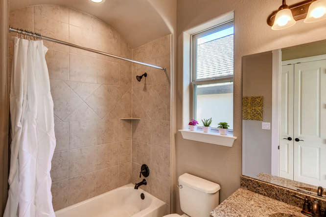 241 Wellington Austin TX 78737-small-021-28-Bathroom-666x444-72dpi.jpg