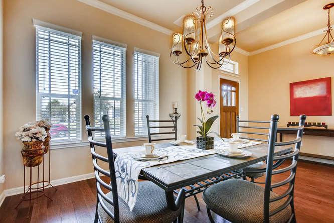 380 Torrington Drive-small-007-10-Dining Room-666x444-72dpi.jpg