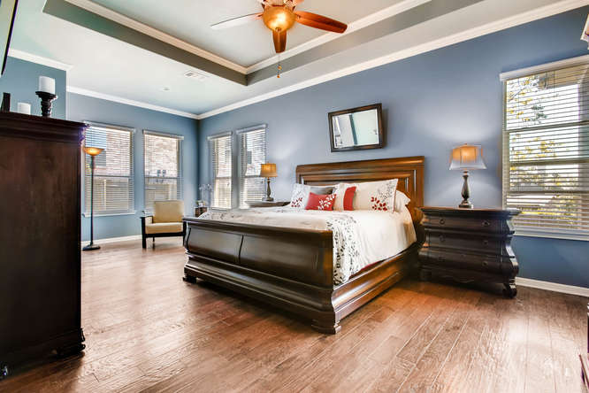 380 Torrington Drive-small-016-13-Master Bedroom-666x444-72dpi.jpg