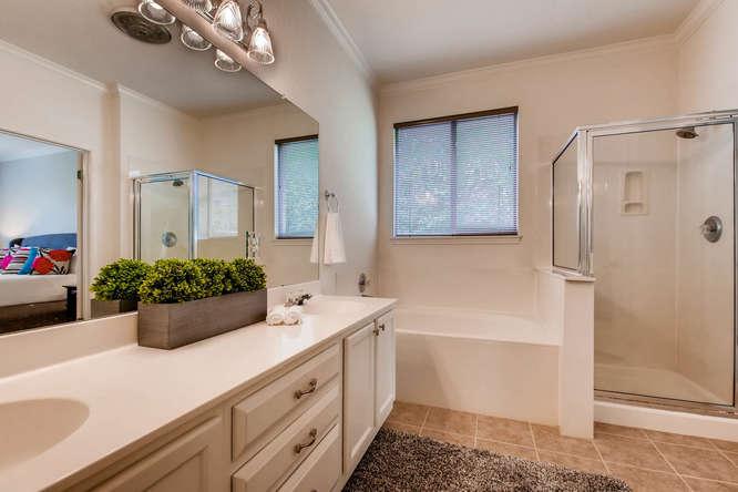 3305 Avenal Austin TX 78738-small-018-5-Master Bathroom-666x444-72dpi.jpg