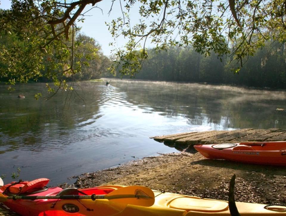 kayak river.jpg