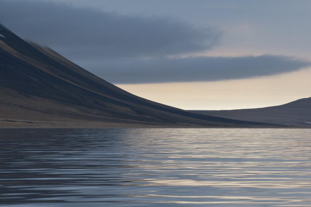 Palanderbukta and Wahlenbergfjord Landscape.jpg