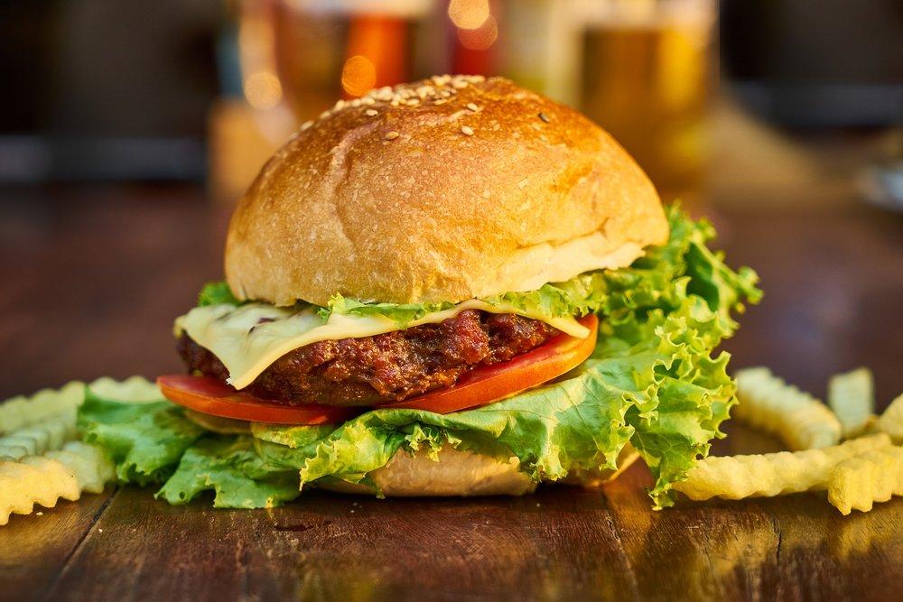 burger-3199088_1920.jpg