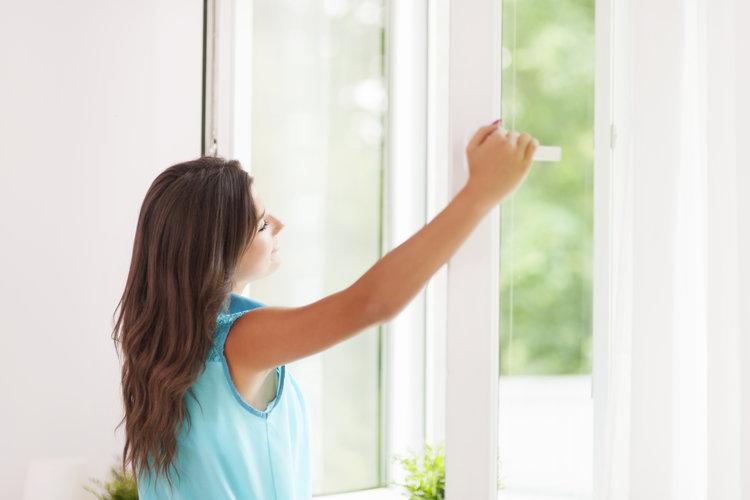 opening-windows-to-remove-odors.jpeg