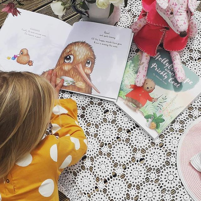 Gorgeous pic by the lovelies at @kidscollectionnz - in great company with my friends beautiful new book ❤️ Hollybee Hope @debhinde_illustrator_author
