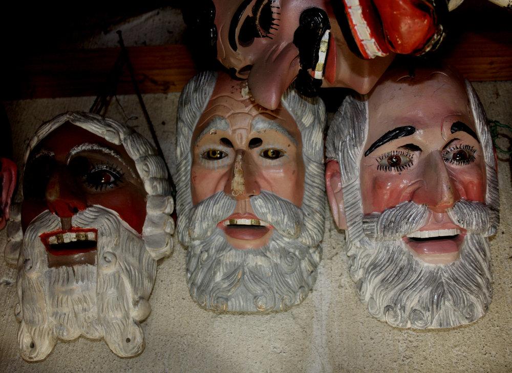 Patrón  rental masks for  El Baile de los Mexicanos  at  Morería  Santo Tomás, Chichicastenango, Quiché Department.