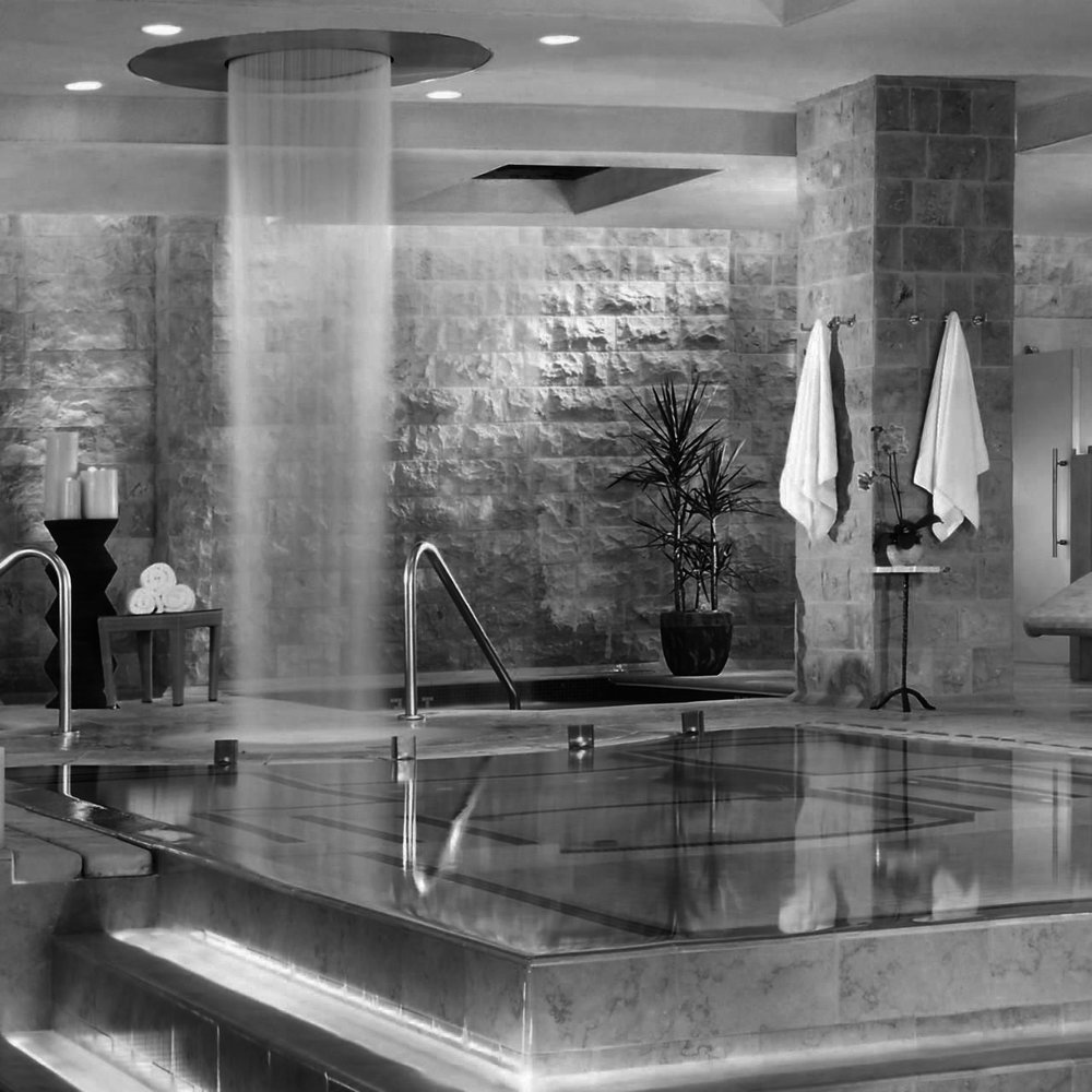 qua-baths2-bw.jpg