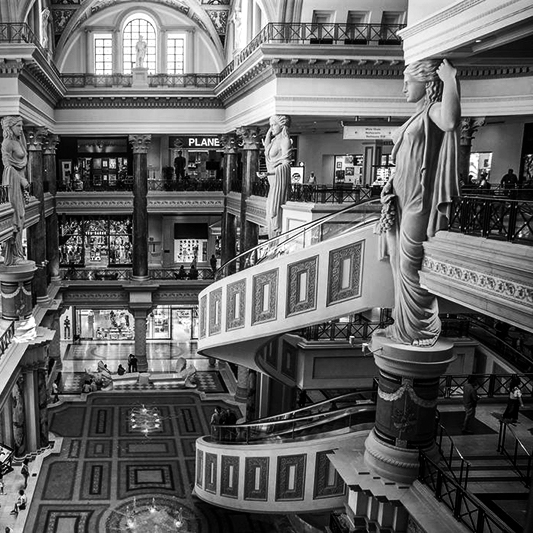 Forum Shops-bw-small.jpg