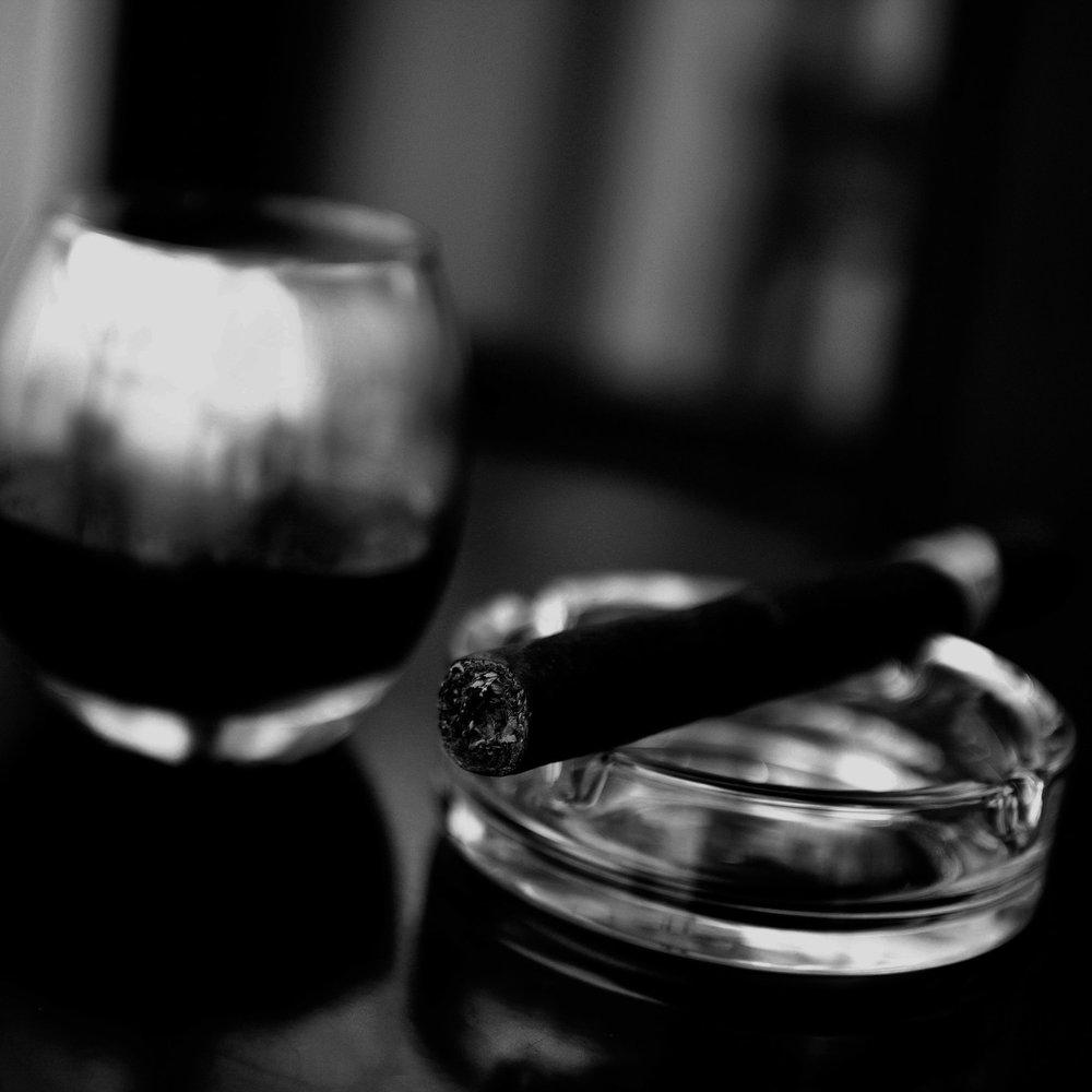 cigar 3-bw2.jpg