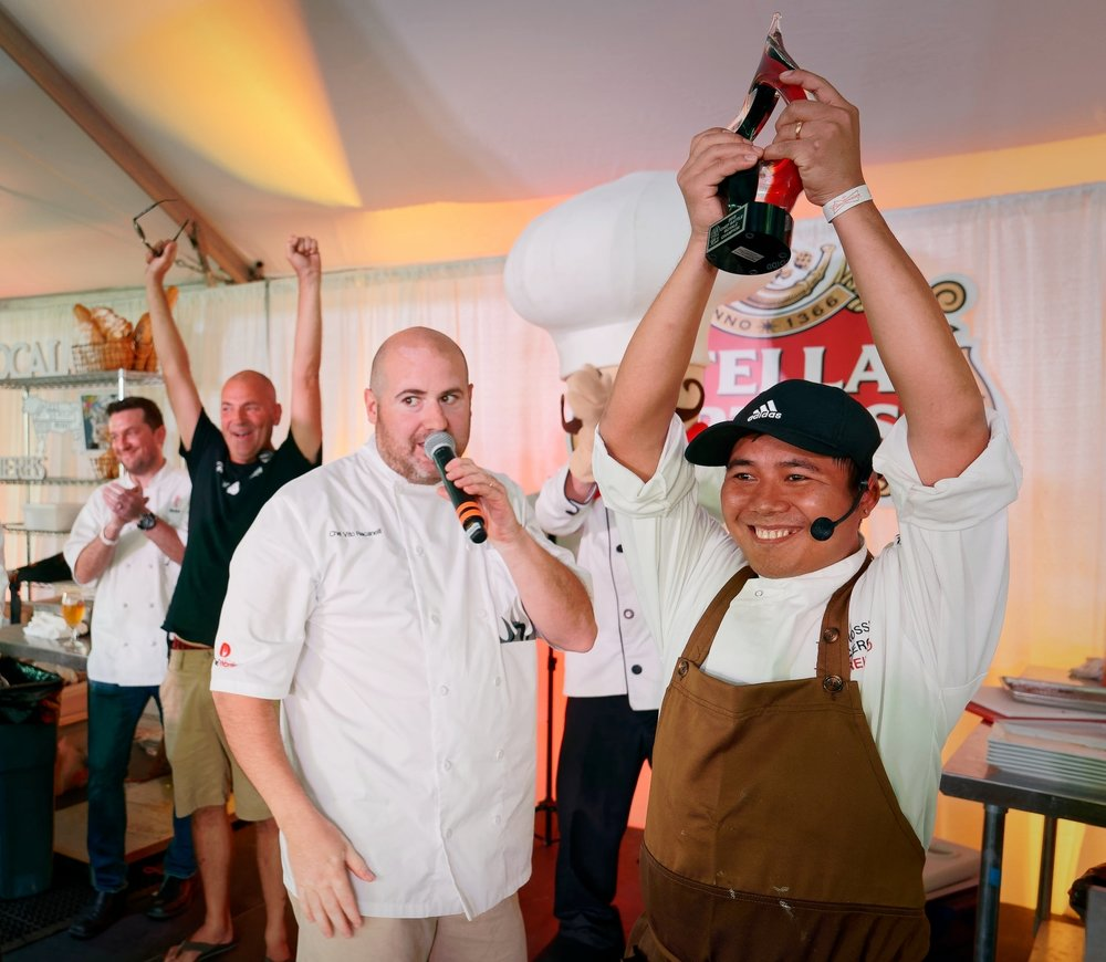 Chef Thu takes the win at the 2018 Chef Battle Royale (Photo by ProPhotoSTL)