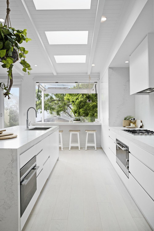 Kitchen_2-V2.jpg