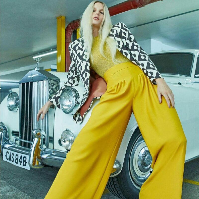 Elle Magazine Rolls Royce Silver Cloud 1961.jpg