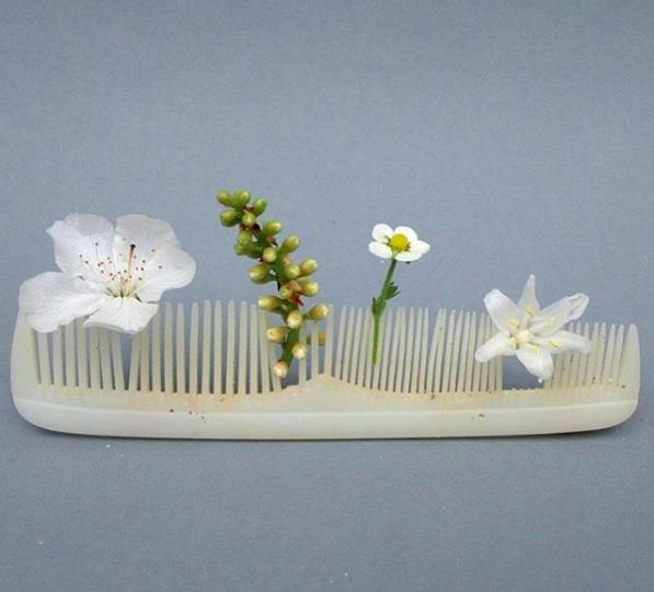 Trashy ikebana by Sabine Timm