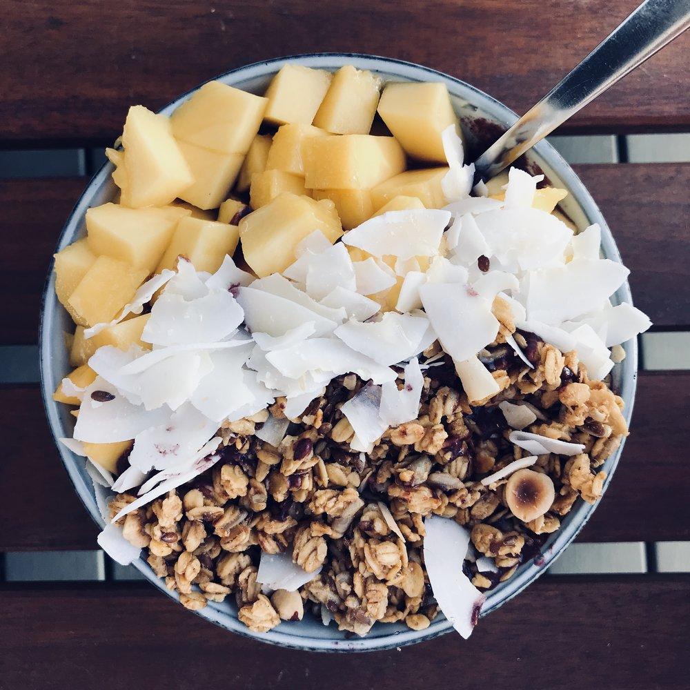 urban-essentials-oslo-smoothie-bowl