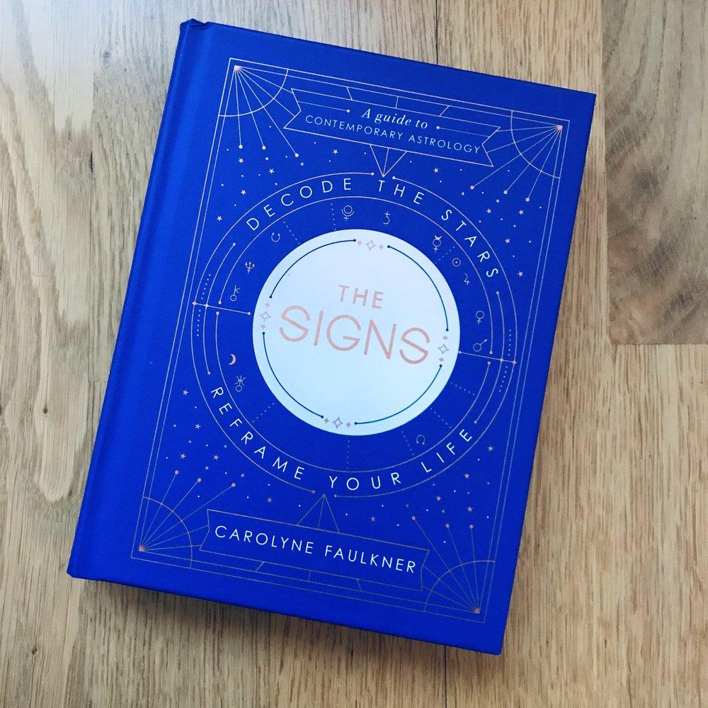 En bok om å lese ditt eget birth chart, slik at du kan forstå hvordan astrologien påvirker deg!