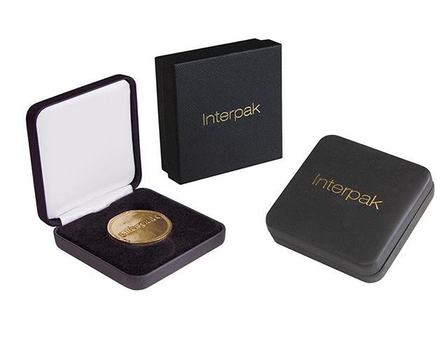 Looking for coin or medallion packaging? We have everything from hinge boxes to 2 pieces cardboard and even pouches! Made right here one the USA or imported depending on what you need!