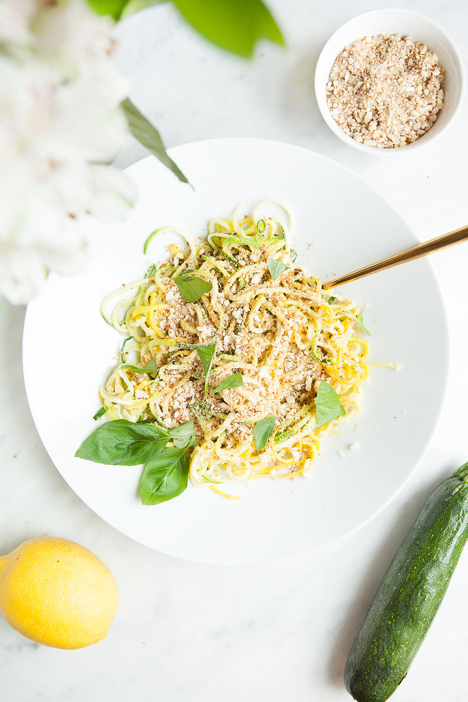 Lemony Spiralized Zucchini Salad with Almond Oat Topping | Vegan and gluten-free. | Loveleaf Co.