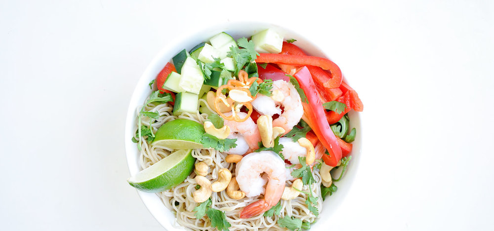 Shrimp Noodle Bowls with Spicy Peanut Dressing | Easy Gluten-Free Recipe | Loveleaf Co.