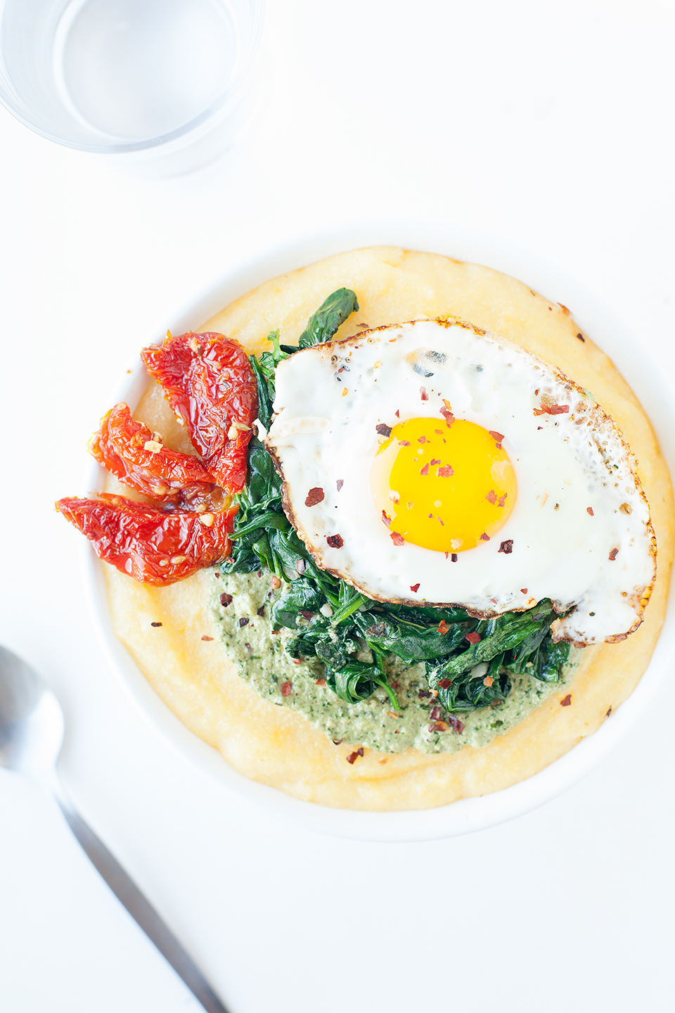 Pesto Polenta Bowls with Eggs and Spinach | Gluten-Free and Vegetarian | Loveleaf Co.