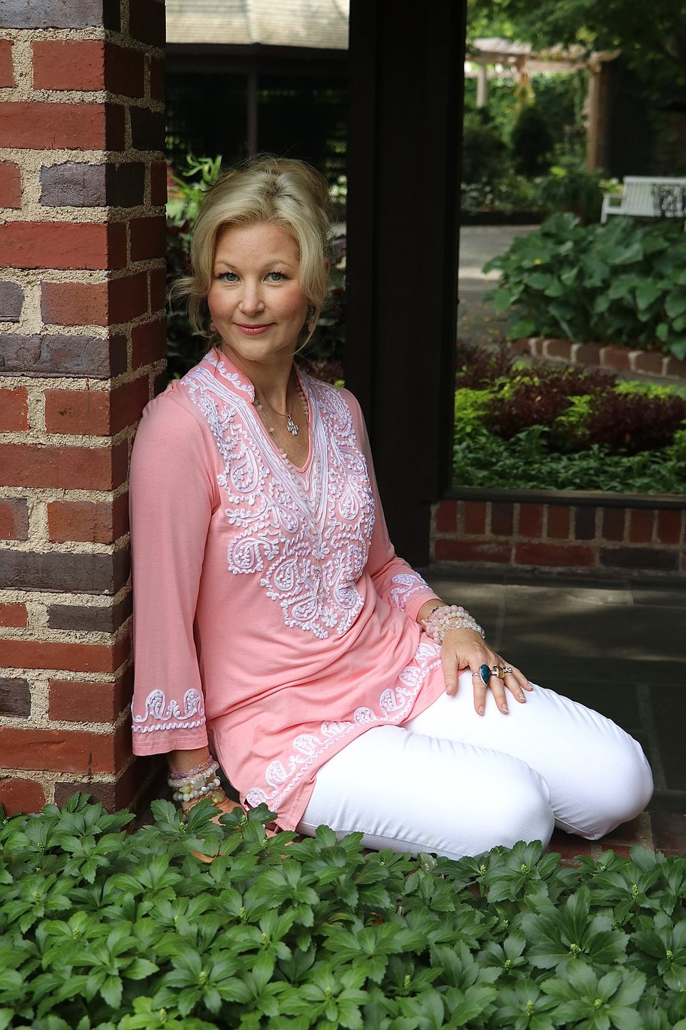 Elise - There are not enough words to describe Elise - she is just an earth angel who has many talents and gifts to share with the world.She is an author of six books (so far) in the mind, body and spirit genre. She is also a gifted energy healer, angel communicator and intuitive. There isn't anything in the psychic and intuitive range that she is unable to do.