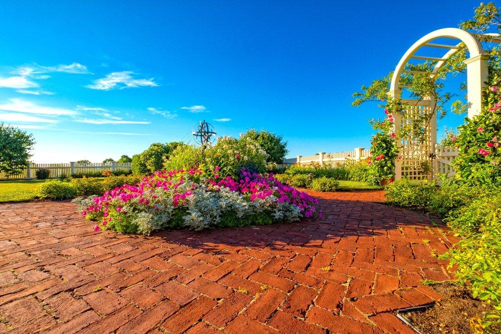 Fine Gardening Services - Landscape Gardening ForemanLandscape Gardening Technician (Crew Members)