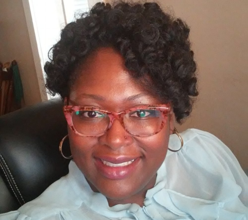 Oni Williams, Community Activist - As a resident of one of Birmingham's poorest neighborhoods, Oni regularly visits barbershops and strip clubs to speak with members of the community, to inform them of their rights and encourage them to speak out.