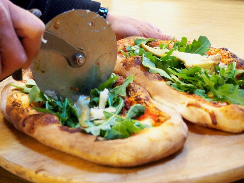 Da Pizza Pizza photo1.jpg