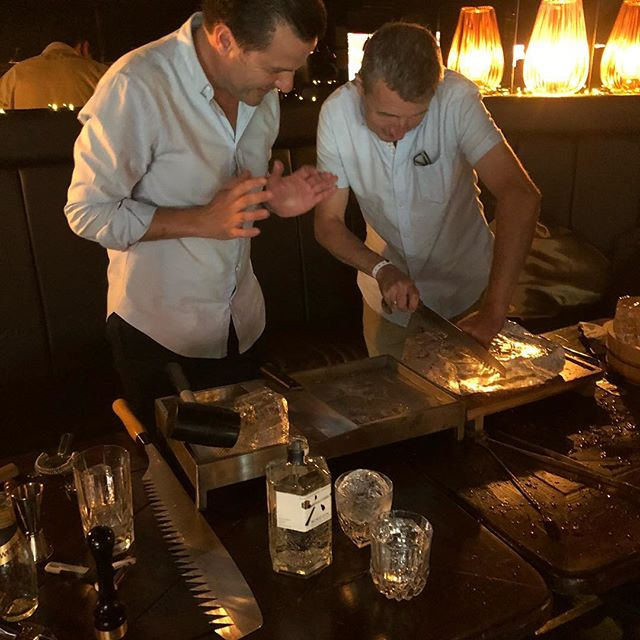 #rokugin #icemasterclass #gininthecity #ginweekend I see your #ginandtonic and raise you @bourne_and_co