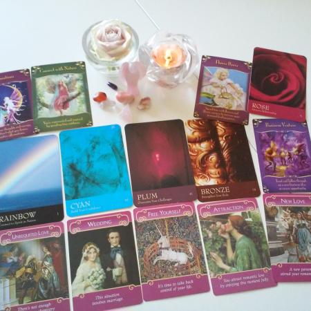 Magical Messages from the fairies og Romance Angels begge af Doreen Virtue + The Secret Language of color af Inna Segal