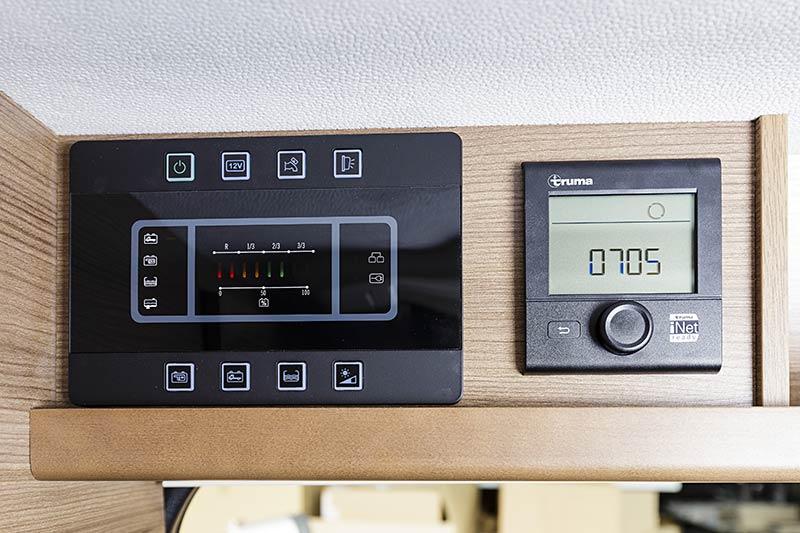 Swan-599-E30-control.jpg