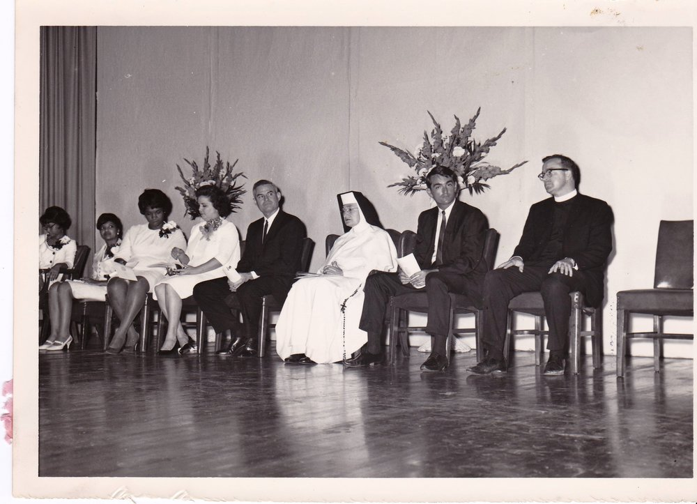 '66 Cheryl Tyler, Myralin LaCabe, Gohn Johnson, Alice Geoffray, Alden LaBorde, Sr. Louise OP, John Whalen and Father Timothy Gibbons
