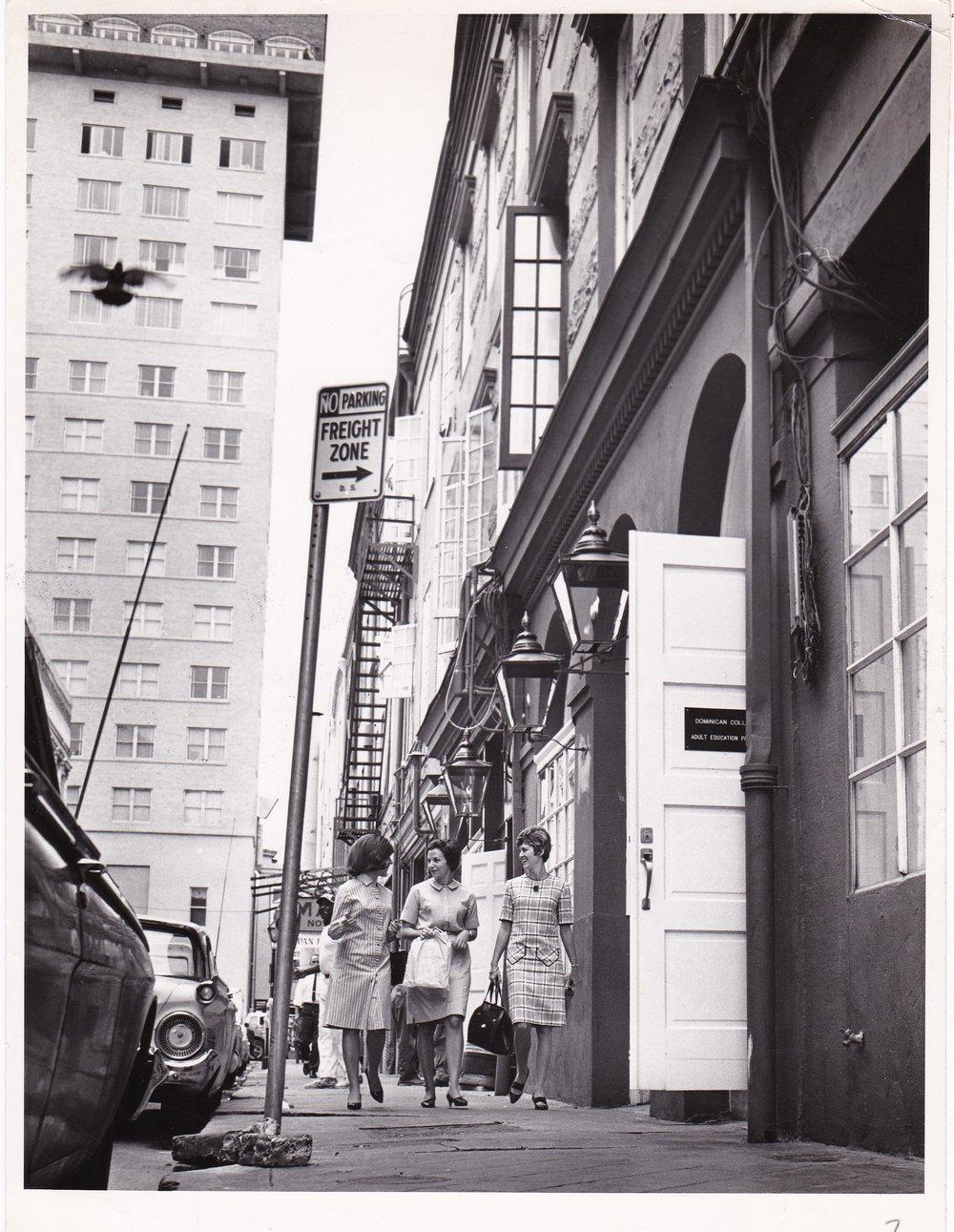 '67 Carolyn Ory Thornton, Dolly Brien and Sharon Rodi