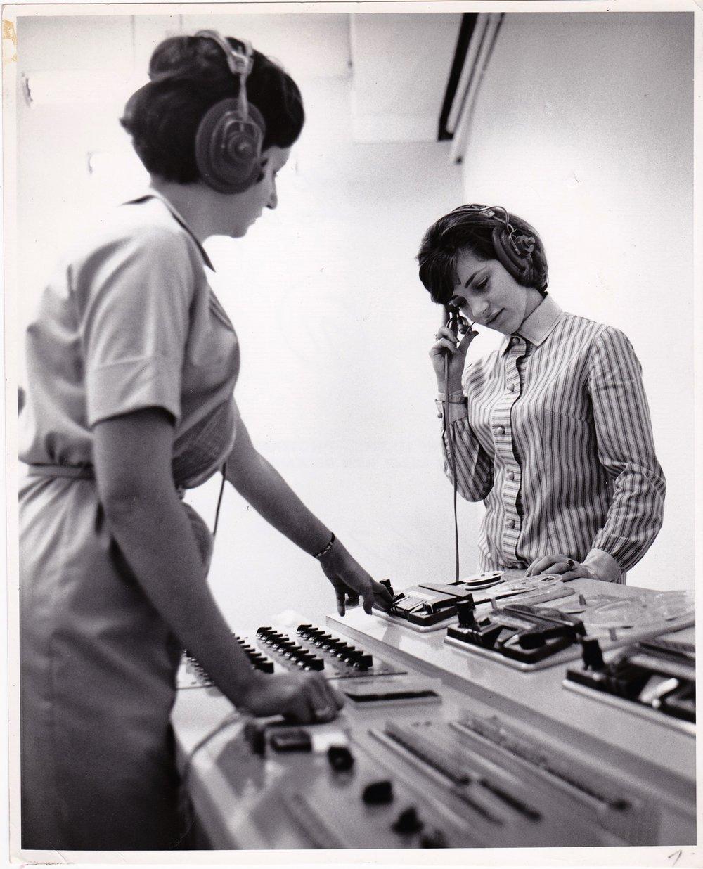 '67 Dolly Brien and Carolyn Ory