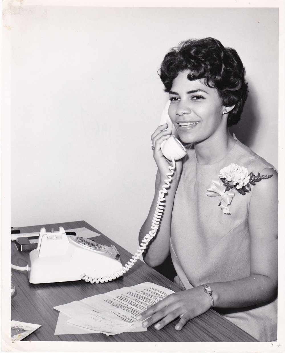 '67 Joann Gauthier talking to Transworld Airlines