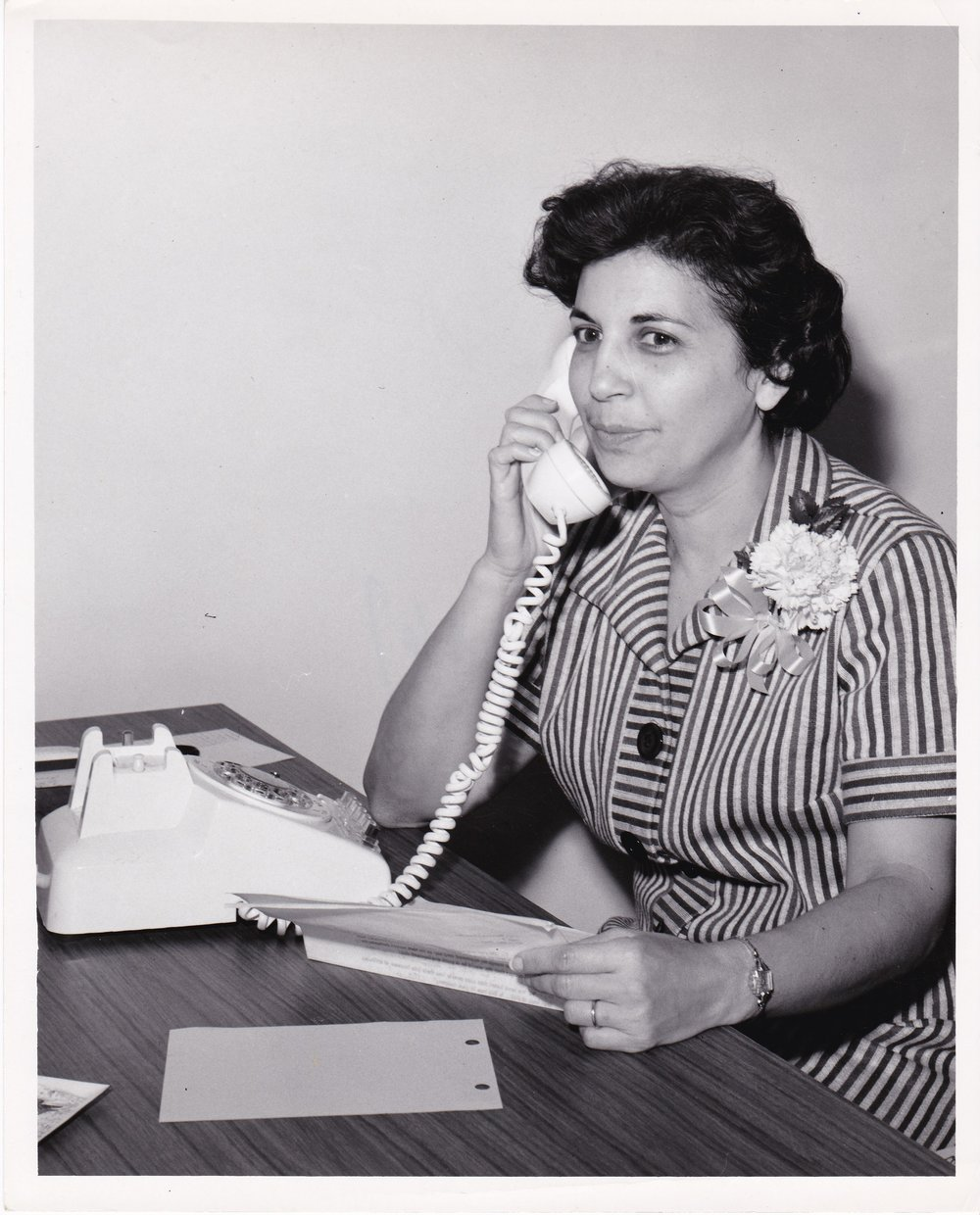 '67 Mamie Stutson talks to Bernice Chandler, Non-Technical Women Personnel of the Down Chemical Company